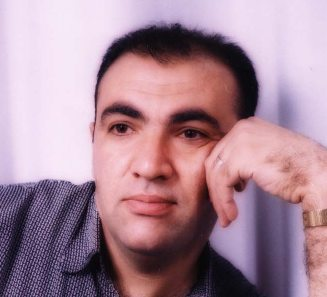 أديب حسن محمد